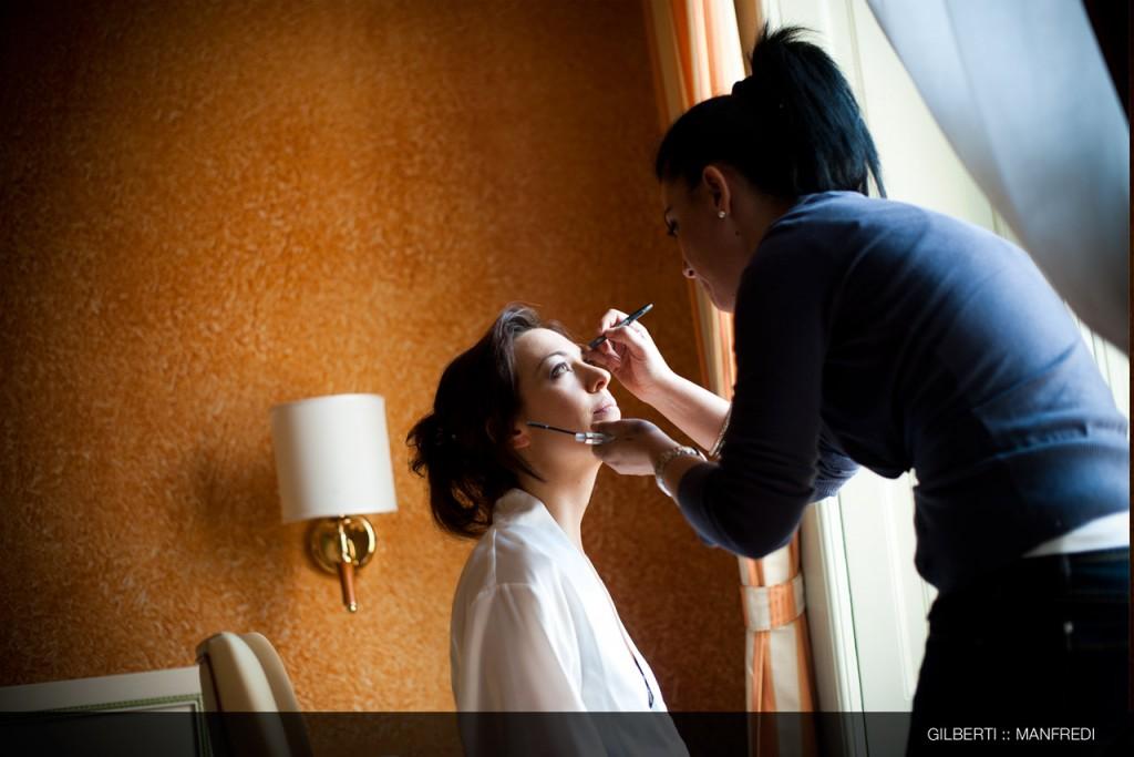 002-fotografo-matrimonio-milano-preparazione-della-sposa
