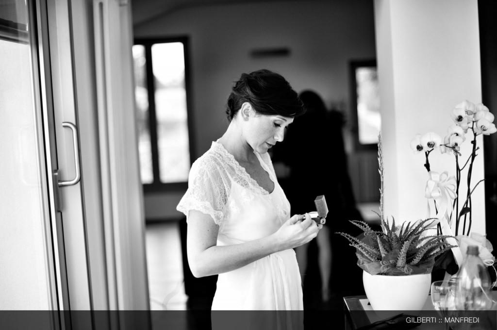 002-fotografo-matrimonio-reportage-brescia-preparazione-della-sposa