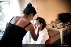 003-fotografo-matrimonio-toscana preparazione della sposa