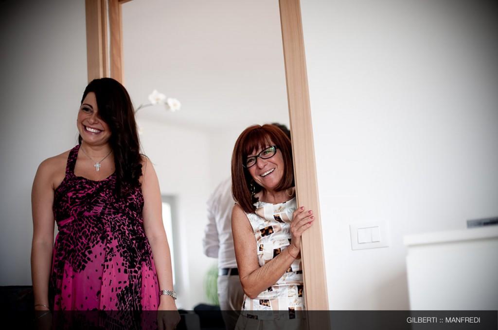 004-fotografo-matrimonio-reportage-brescia-preparazione-della-sposa