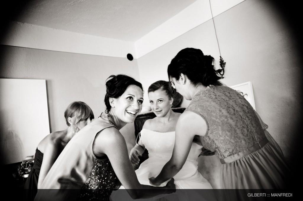 007-fotografo-matrimonio-brescia-preparazione-della-sposa