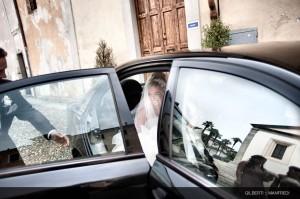 008 fotografo matrimonio aosta arrivo della sposa