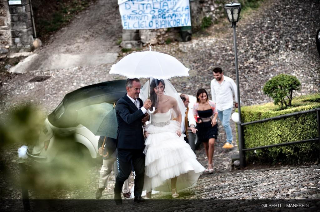 009 fotografo matrimonio brescia arrivo dello sposo