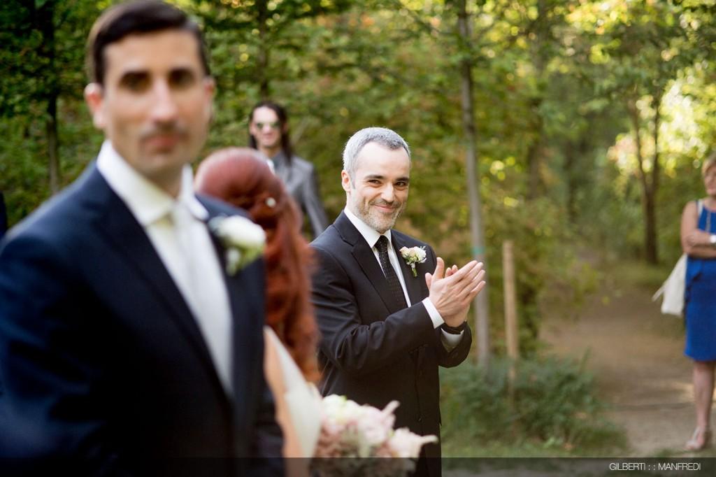 Applauso testimone sposa