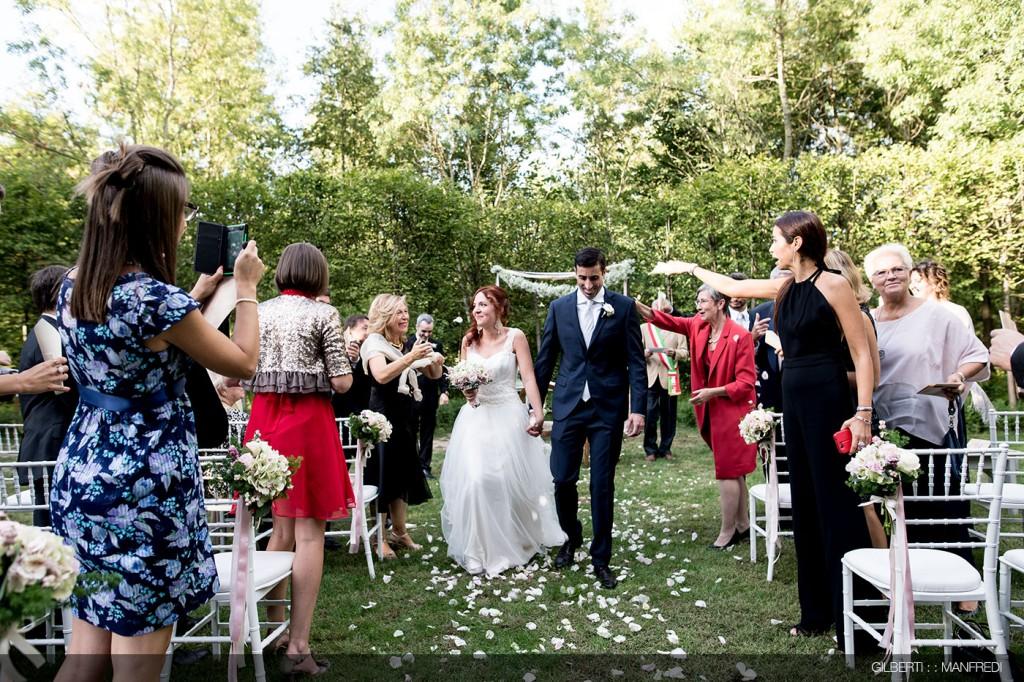 Lancio del riso sposi matrimonio