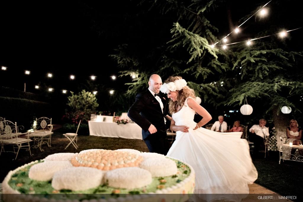 Taglio della torta sposi matrimonio