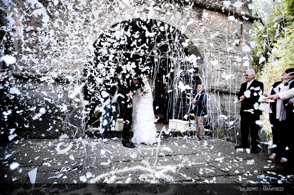 049 fotografo reportage matrimonio brescia lancio del riso