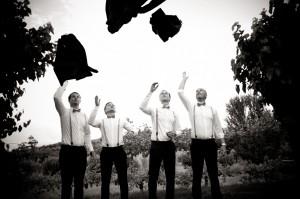 35 Fotografia matrimonio brescia sposo e amici